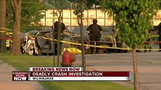 BREAKING: One person killed in early morning crash on Milwaukee's south side - Video