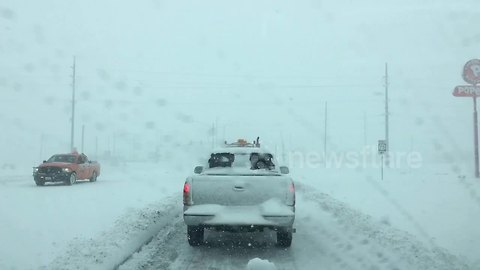 Intense blizzard conditions in US MidWest