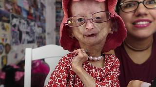 Adalia Rose shares some of her favorite things - Video