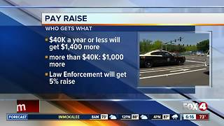 Florida Gov. approves pay raise bill for state workers