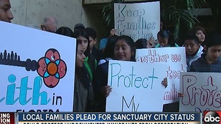 Immigrant families ask mayor to designate Tampa as sanctuary city - Video