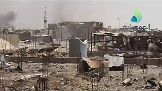 Iraqi Forces Push Further Into Islamic State's Final Mosul Stronghold - Video
