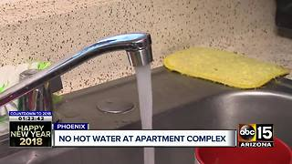 Residents without hot water for weeks at Phoenix complex - Video