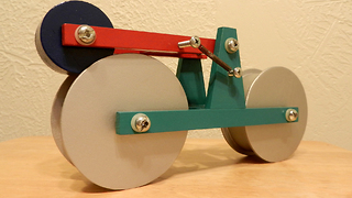 Self-running homemade bike will blow your mind!
