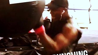 Boxing tutorials: Uppercut heavy bag drills - Video