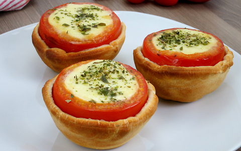 Baked potatoes are out, baked tomatoes are in!