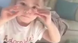 Little girl delivers heartwarming PSA - Video
