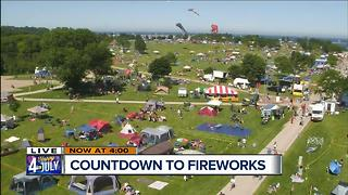 Residents fill out Veteran's Park for Fireworks show - Video