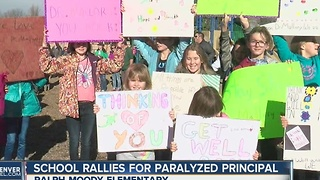 Ralph Moody Elementary students show support for paralyzed principal - Video