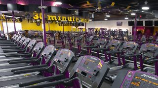Planet Fitness Will Require Customers To Wear Masks Inside Gyms