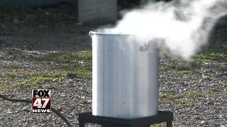 Baked or fried turkey? How to safely cook your turkey - Video