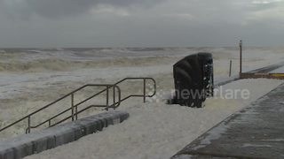 Storm Eleanor batters Cleveleys in Lancashire - Video