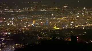 Photographers Capture New Year's Eve Fireworks Across Zagreb - Video