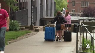 UC students move in despite other universities going online