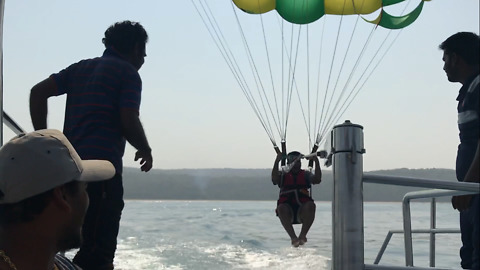 Insane Parasailing At Tarkarli, India