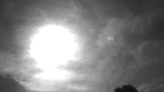 Fireball Blazes Through Sky Over Wiltshire - Video