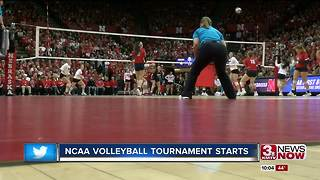 Nebraska and Creighton volleyball open tournament at home - Video
