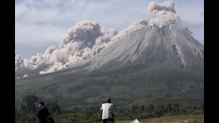 Indonesia's Sinabung volcano unleashes new burst of hot ash