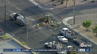 Gas leak shutting down roadway Eastern, near Flamingo - Video