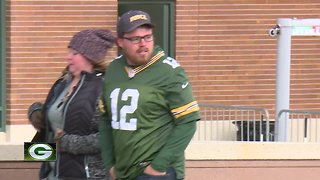 Packers fans excited for Monday night game