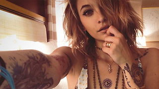 Paris Jackson STORMS OUT Paris Dior Fashion Show For THIS Reason! - Video