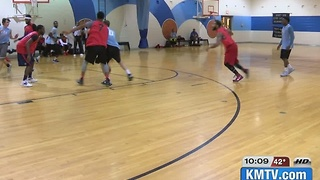 Basketball provides safe haven for North Omaha community - Video