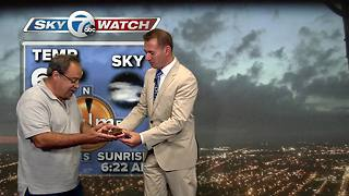 Andy Parker calls out 7 Eyewitness News engineer for his breakfast - Video