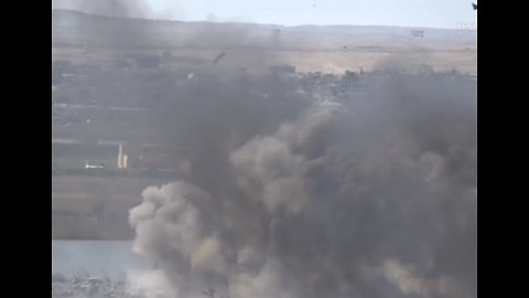 Large Cloud of Smoke Rises From Islamic State Encampment in Baghuz