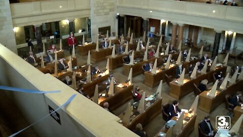 Unicameral passes budget, advances sports gambling