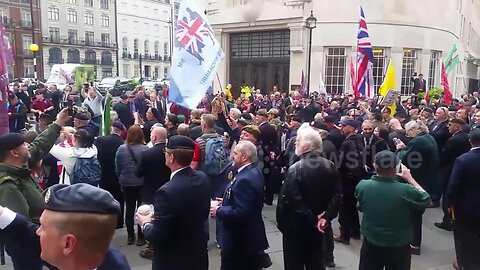 British Army veterans protest outside BBC over Soldier F case