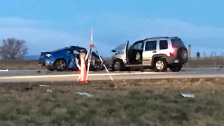 1 killed, 1 hurt in head-on crash - Video