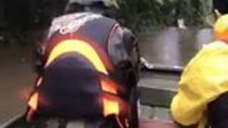 Texans Travel to Flooded Areas to Carry Out Boat Searches - Video
