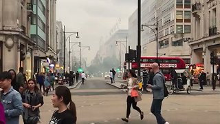 Explosion Closes Off London's Oxford Street - Video