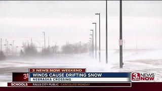 Wind gusts cause snow drift, visibility issues