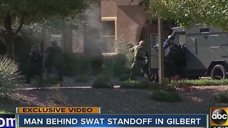 Man puts Gilbert neighborhood on lockdown - Video