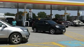 Gas Shortages Cause Long Lines at the Pump in Rockwall - Video