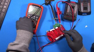 """036 - Fixing a """"Bad"""" Bosch Lithium Battery"""