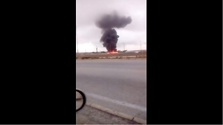 Driver in Malta captures deadly military plane crash - Video