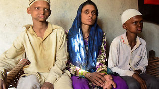 Mother of Indian 'ghost boys' desperate for miracle - Video