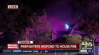 Firefighters battle stubborn house fire in Tempe - Video