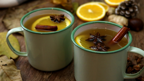 This warm alcoholic drink is perfect for the winter!