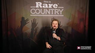 Travis Tritt talks about Christmas at his home | Rare Country - Video