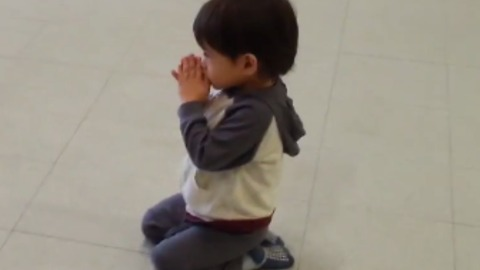 Miricle Boy Get's A Spiritual Connection And Drops On Knees Praying