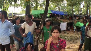 Rohingya Pour Into Makeshift Camps Across Border in Bangladesh - Video