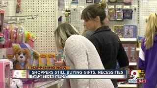 Shoppers still stocking up for Christmas - Video