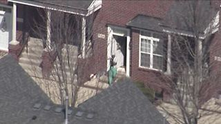 Man shot during police situation in Shelby Township - Video