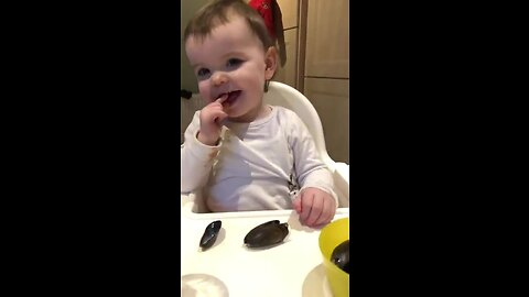 Flexing Her Mussels: Irish Baby Lena Eats Shellfish Like A Pro