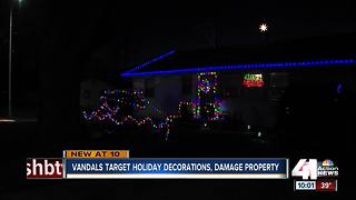Christmas Grinches vandalize homes' decorations - Video