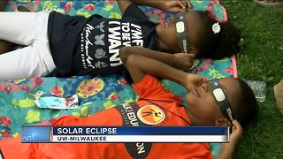 Thousands gather at UWM for a glimpse of the eclipse - Video