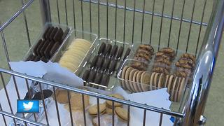 5th grader donates cookies to cancer center